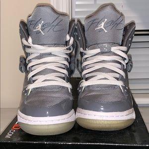 45a24dcbeeb1 Women s Jordan Light Up Shoes on Poshmark